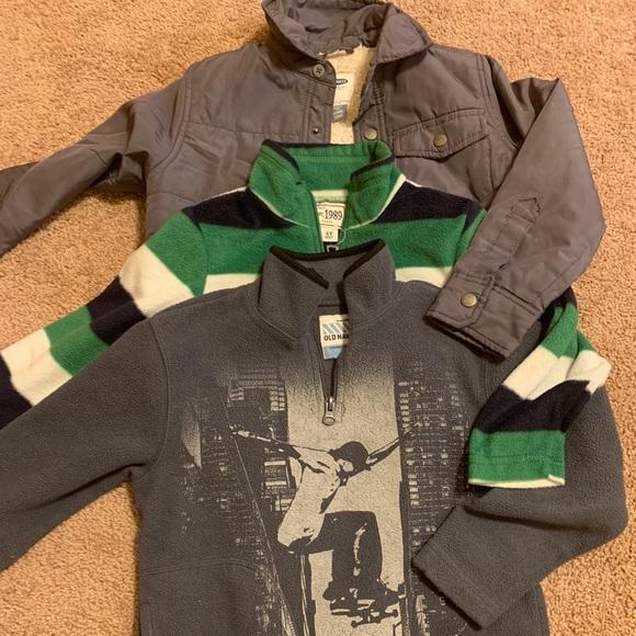 6a349bee9 Old Navy Jackets & Coats   Boys Warm Weather Layers   Poshmark